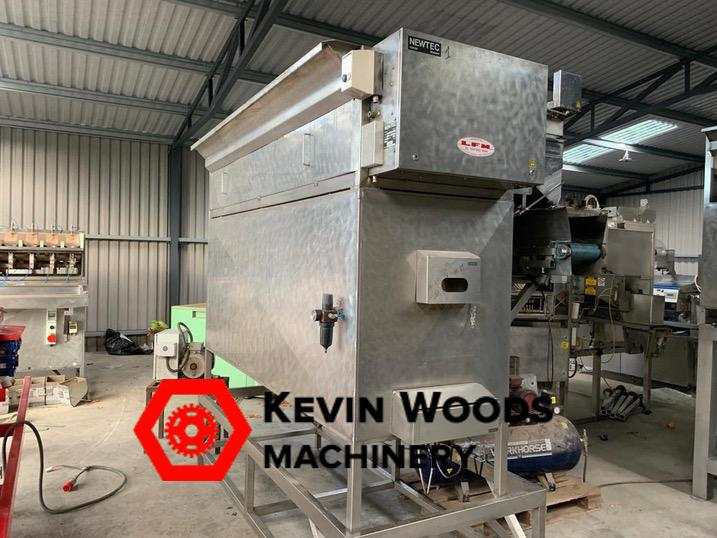 Newtec 2012xxb weigher excellent condition 4